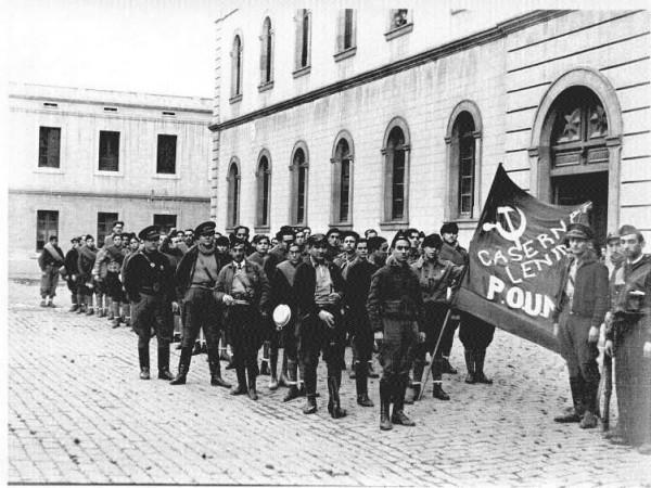 Orwell en la Caserna Lenin, Barcelona (Arxiu Centelles)